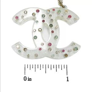 CHANEL Jewelry - Chanel vintage cc logo necklace
